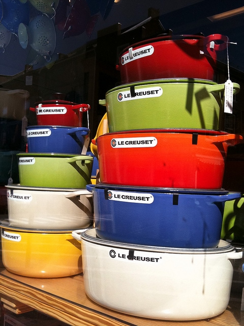 CC Attribution - sskennel - le creuset stack