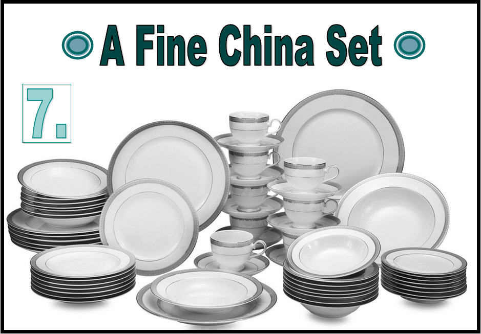 Expensive Wedding Gift Ideas: A Fine China Set