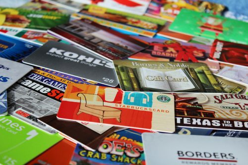 Giving Gift Cards as Presents – Yay or Nay?