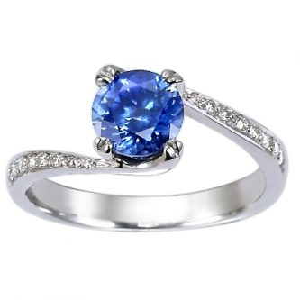 Non-Diamond Engagement Rings: An Alternative You Must Consider