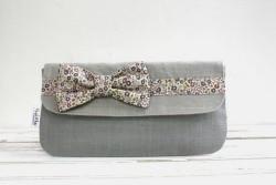 Bow-tie Clutch
