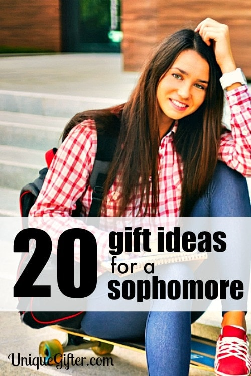 20 Gift Ideas for a Sophomore