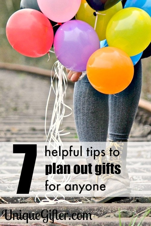 7 helpful tips to plan out gifts for anyone - so handy!