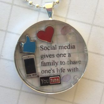Social media family thoughtful gift idea for internet friends