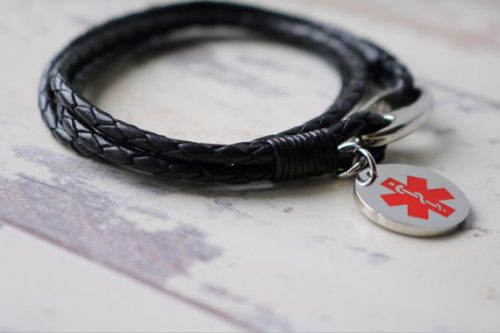 Funny medical alert bracelet warning to delete browser history, perfect for internet friends!
