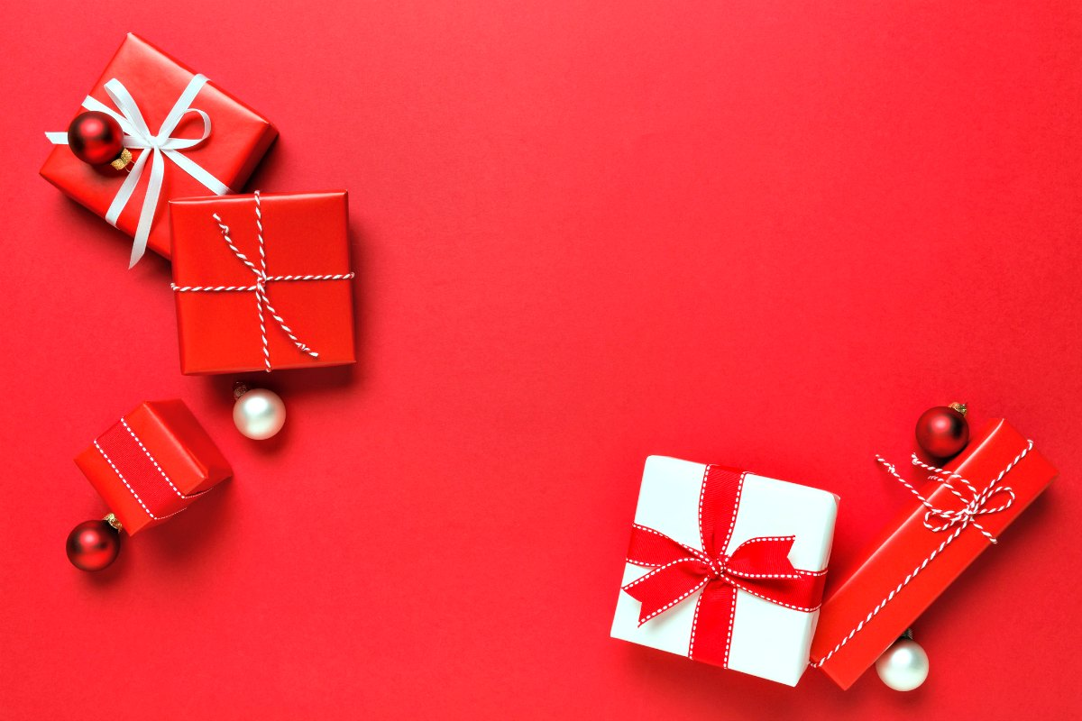 20 Christmas Gift Ideas Your Teen Will Love - Unique Gifter
