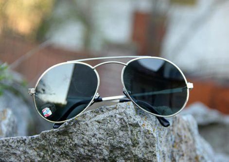 You can't go wrong with this must have gift idea for your husband's 30th birthday - sunglasses