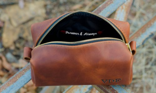 Leather toiletry bag Gift Ideas for Your Husband's 30th Birthday
