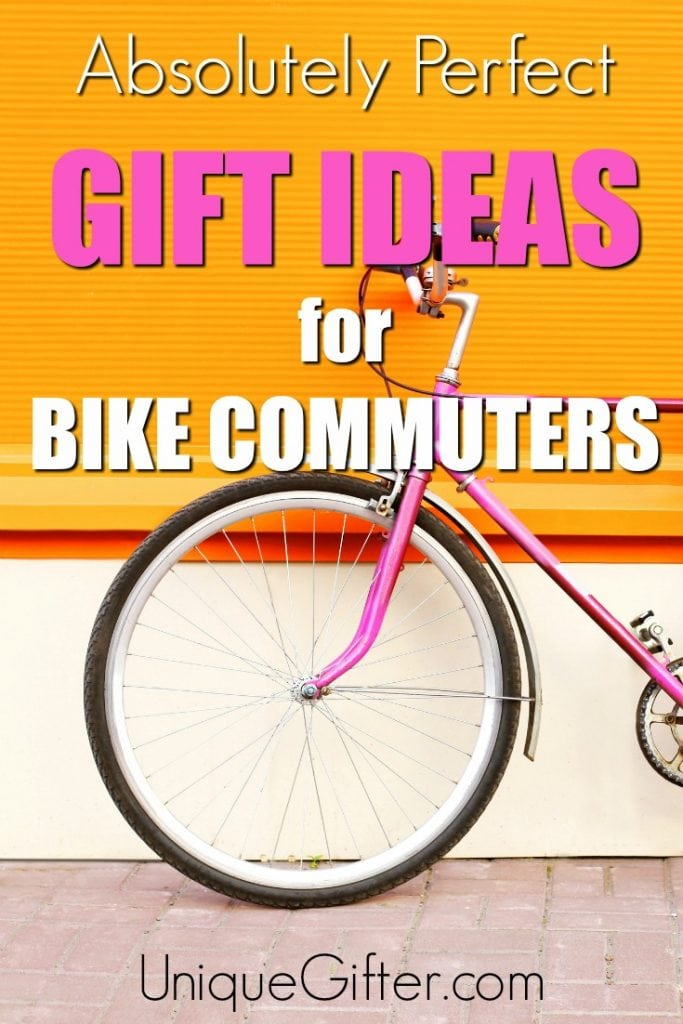 Love these cycle commuting gift ideas. They'll be perfect for my friend's birthday! The book ends are so awesome! | Birthday Gift Ideas | Gift Guide for Cyclists | Bike Commuter Presents