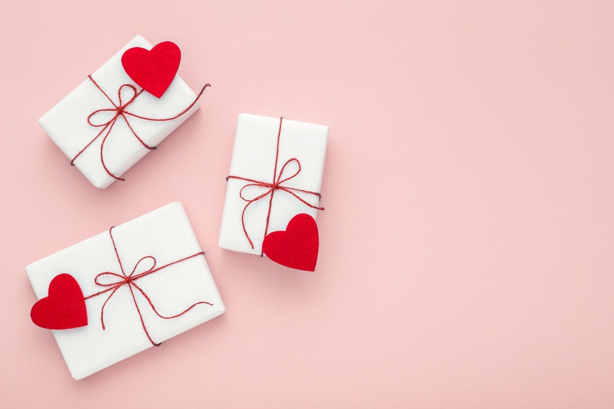 Gifts for the new girl dating