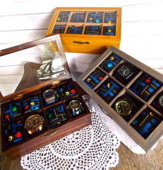 Watch box organizer for holding fancy watches