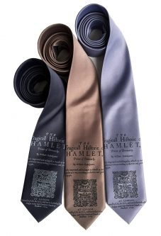 This necktie is perfect for gift ideas for Shakespeare lovers.