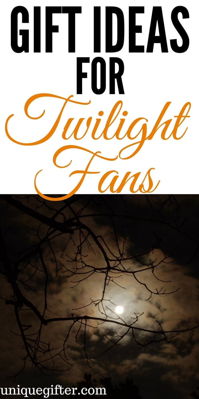 Gift Ideas for Twilight Fans   Birthday Presents for Vampire Lovers   What to buy my boyfriend for Christmas   What to get my girlfriend for her birthday   Fun TV show present ideas   Twilight inspired apple gifts   Twilight fan gifts   Fandom gift ideas