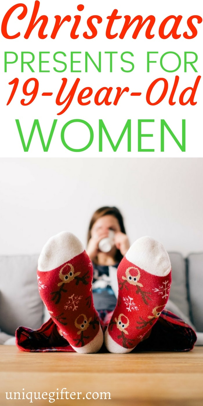 Christmas Gifts for a 19 year old woman | 19 year old woman gift ideas | What to buy a 19 year old woman for #Christmas | Unique gifts for a 19 year old woman | What to buy for a 19 year old woman | 19 year old woman gift ideas | clever 19 year old woman gifts | #gifts #holiday #womangifts