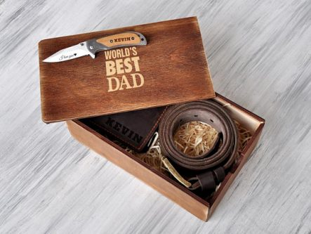 If he enjoys hunting, this Father of the Groom Gifts would be a meaningful one.