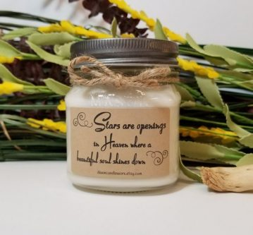Sympathy Gift Ideas for Loss of Dog include this thoughtful candle.