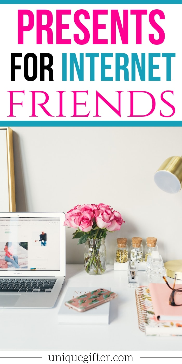 These gift ideas for Internet Friends are the BEST! | Online Friends | Birthday Gifts | Gift Ideas for People You Haven't Met in Person | Presents for Far Away Friends | Christmas Ideas #gifts #giftguide #presents #uniquegifter #internet