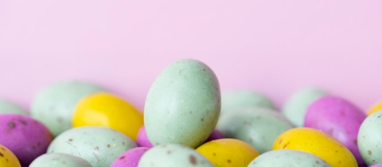 Adult Easter Egg Hunt | Host Adult Easter Egg Hunt | Adult Fun | Easter | Eggs | #easter #creative #adultegghunt #eggs #creative