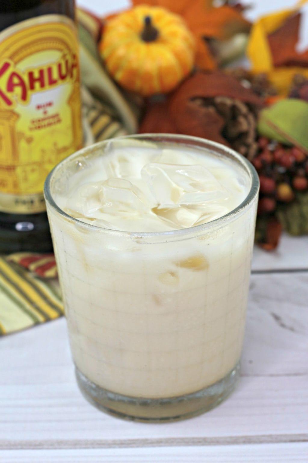 autumnal creamy cocktail: pumpkin white russian