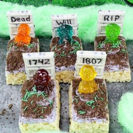 Easy Halloween Dessert - Rice Krispie Treats Zombie Graveyard!