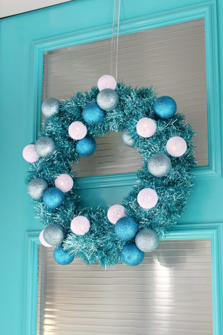 DIY Tinsel Wreath with Retro Vibes