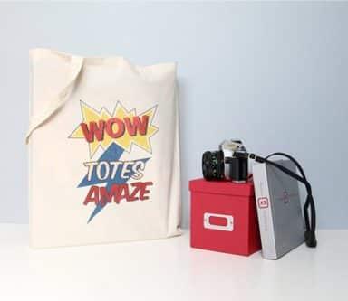 Comic book lovers tote bag