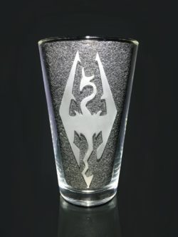 Etched logo skyrim drinking glass