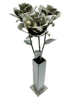 Three metal petal flower set