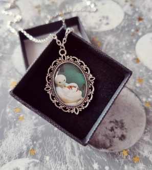 Baymax and Mochi pendant cameo picture