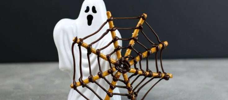 Chocolate Pretzel Spiderweb Halloween Snack