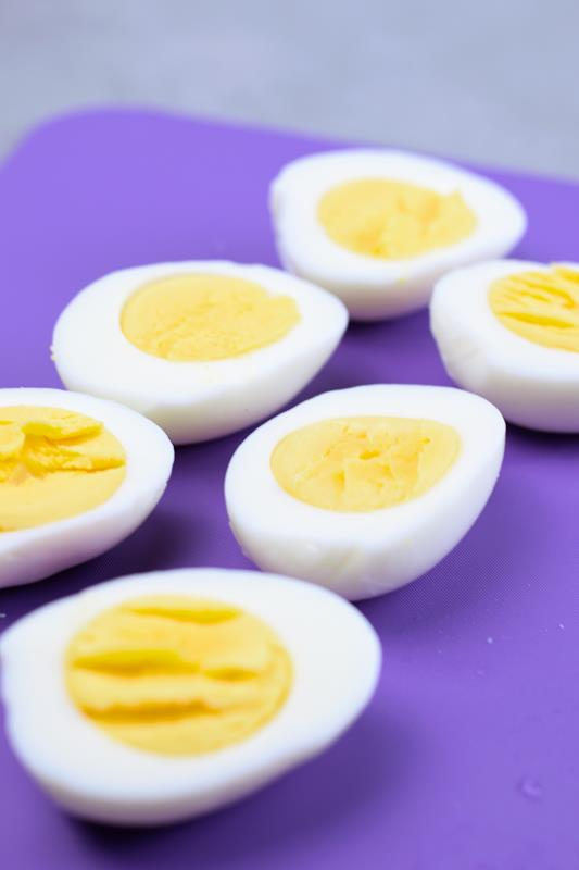 hardboiled eggs for spider egg Halloween treat