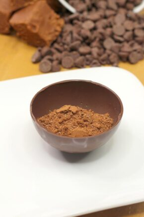 Hot chocolate mix for making cocoa bombs in warm milk
